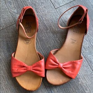 BNWOT Miz Mooz sandals!